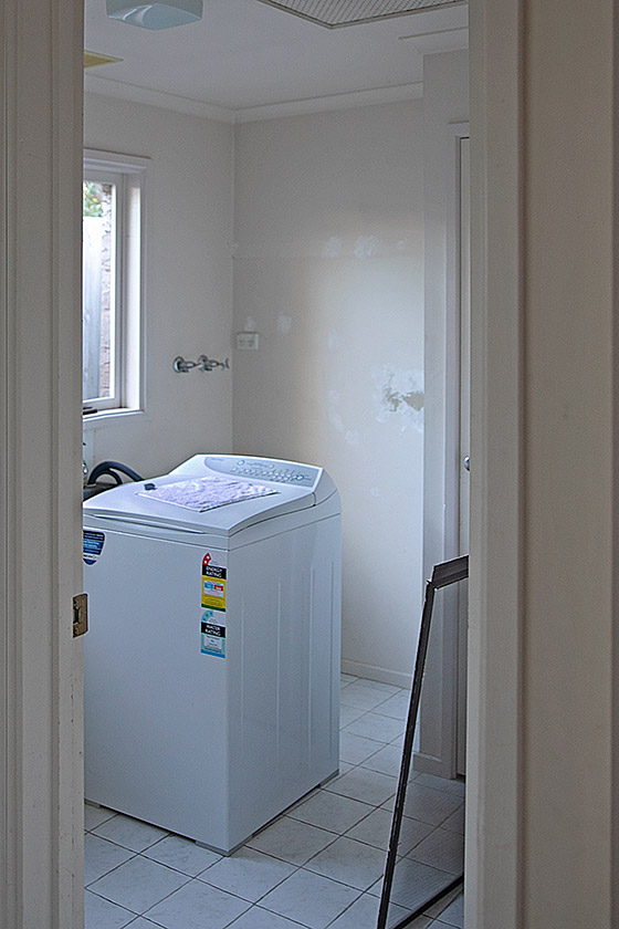 Laundry before renovation
